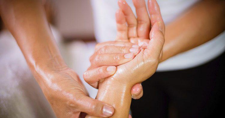 эротический массаж рук в Москве