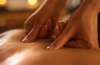 Как массажный салон Акватория обучает массажисток технике эротического массажа